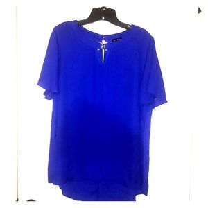 Short sleeve blue top- L